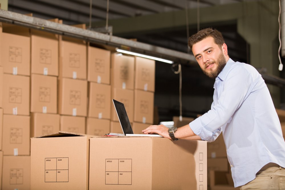 How E-Commerce and Traders Use Self Storage